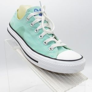 Converse All Star Size 6 Low Top Casual Sneakers